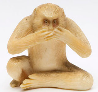 detail on speak no evil monkey